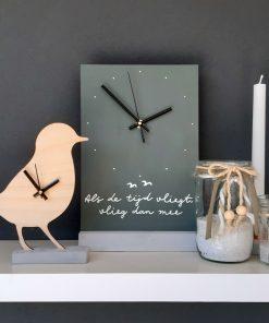 eigenhoutje diy pakket klok vogel decoratie interieur
